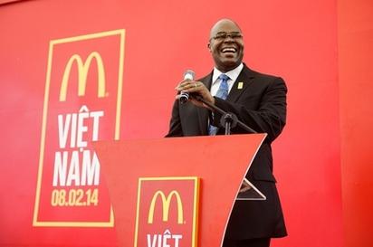 業績探底 麥當勞CEO下台   麥當勞執行長Don Thompson(圖片來源/翻攝自網路)