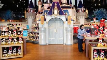 迪士尼上海店將開幕 全球最大也最貴! |