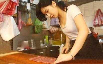 東門正妹紅到海外 外媒稱豬肉公主 |