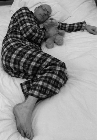 睡相出賣你! 這7種睡姿你上榜了嗎…   半嬰兒式蜷睡:喜歡這種姿勢的人通常心態良好、願意妥協,個性並不極端。
