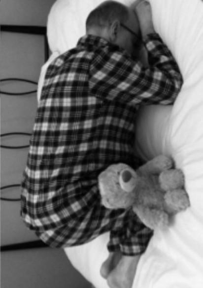 睡相出賣你! 這7種睡姿你上榜了嗎…   人面獅身睡:選擇這類罕見睡姿的人,通常意志特別堅強。