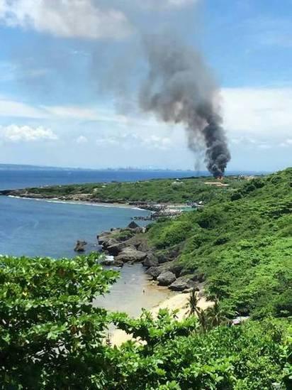 小琉球瓦斯場爆炸 黑煙直竄3人傷   小琉球瓦斯分裝場氣爆。(翻攝畫面)