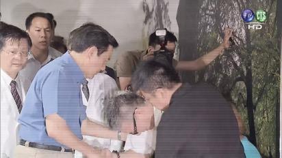 八仙爆炸 總統籲追究失職者責任 | 總統探視傷者家屬。