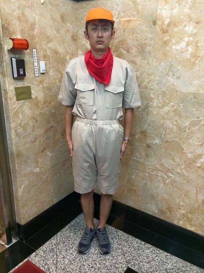 「颱風天就是要泛舟呀」 泛舟哥爆紅稱受精了 | 泛舟哥穿上童子軍發表勸世文,要大家颱風天待在家。