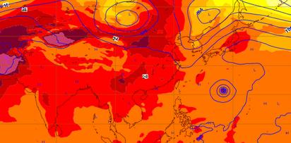 北京比台北熱!?   圖:  13日20時「歐洲中期預報中心」數值預報的850百帕溫度場分析場顯示,「熱帶大陸氣團」籠罩中亞延伸至新疆、華北,(紅、紫色範圍)由於缺乏海洋調節,高溫達40度以上,呈現出「熱浪」天氣。台灣四週環海有海洋調節,最高溫台北盆地僅達35度,與華北的「熱浪」有很大的差距。台灣夏天雖熱,但是缺乏「熱浪」發生的條件,其中最重要的是「海洋調節」。