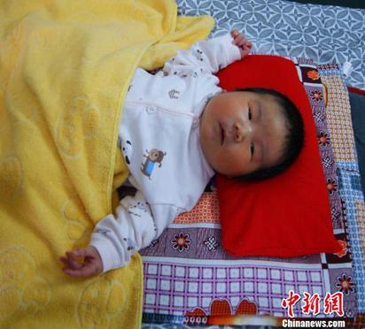 「寶寶SIZE有點大」 陸6.2公斤巨嬰誕生  