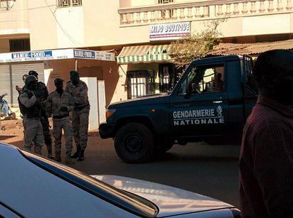 馬利酒店170人遭挾持 傳3名人質死亡 |