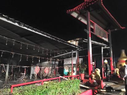 搖滾宮主賴銘偉宮廟祝融 廟公送醫不治 | 宮廟228才修繕落成。