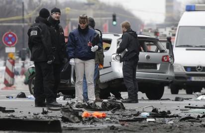 柏林市區汽車爆炸 駕駛當場死亡  