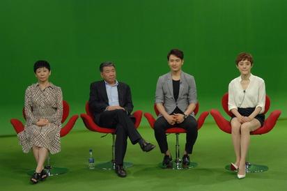 獨家專訪!《羋月傳》讓孫儷又哭又笑 男主角稱「最激情女演員」 | 羋月傳編劇王小平(左)導演鄭曉龍(左2)、高雲翔、孫儷