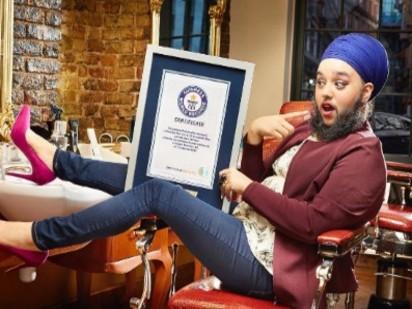【影】是女似男?! 女生落腮鬍破世界紀錄 | 哈爾娜姆考爾成為金氏世界紀錄中,世界上最年輕長落腮鬍子女性