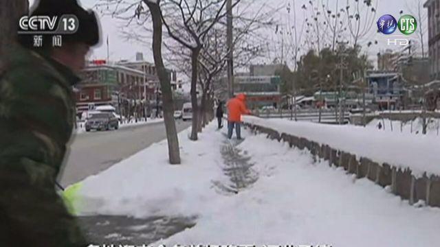 大雪影響交通.