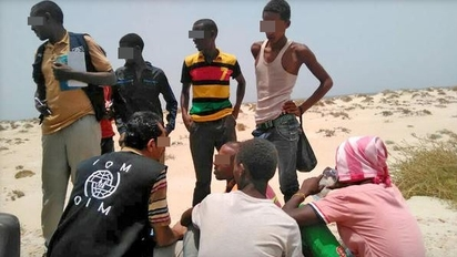 慘! 300非洲難民被逼跳海 至少56死  