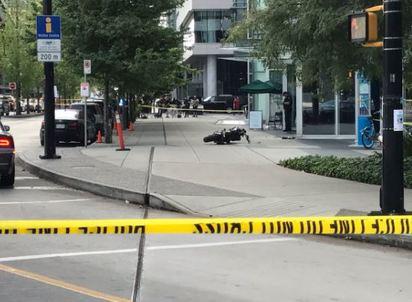 驚!《死侍2》女主角替身 車噴飛撞大樓身亡   死侍2發生意外現場。