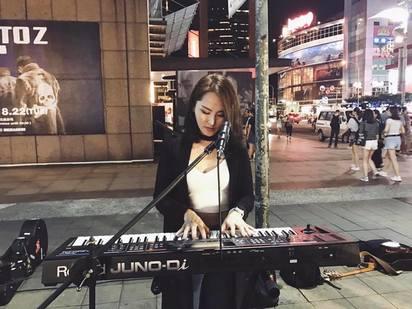 劉雨柔表妹 用完美身形呼籲「健身」愛自己 | 黛咪不僅是模特兒 也是駐唱歌手