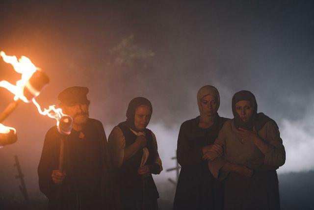 【影】新娘遭活人獻祭 《鬼嫁娘》曝19世紀暗黑儀式 | (暗光鳥電影院提供)
