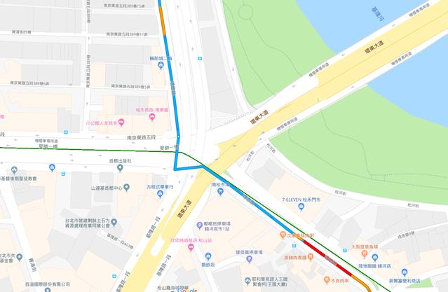 當地為一「大」字形路口。(翻攝google地圖)