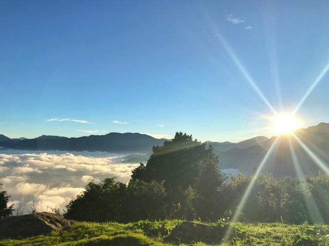 阿里山日出和雲海美景。(林務局提供)