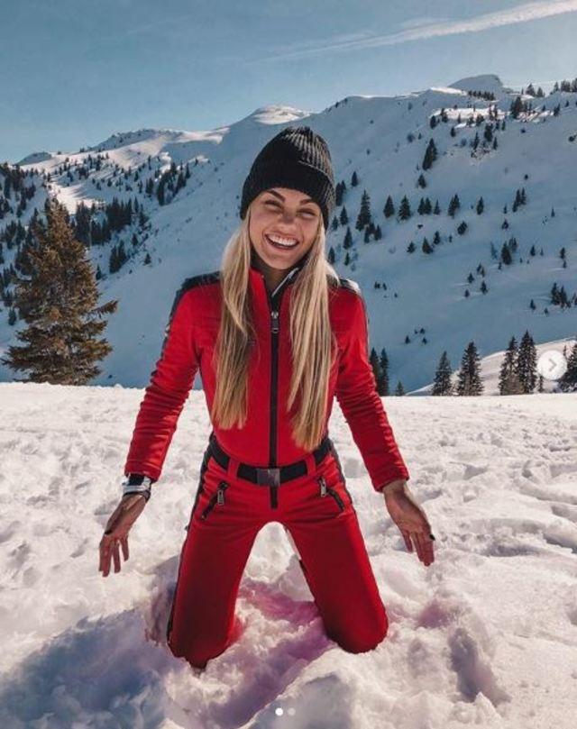 范德澤與家人到奧地利度假滑雪。(翻攝自范德澤Instagram)