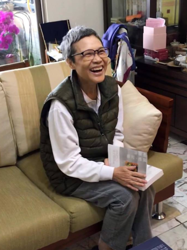顧德莎飽受化療之苦,仍堅持為台語文學奉獻心力。(翻攝顧德莎臉書)