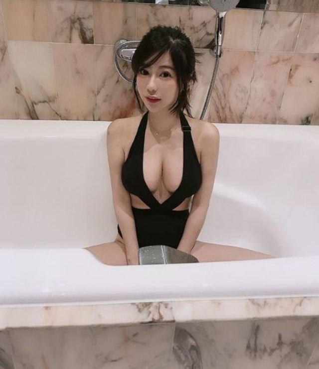 楊吉兒時常在IG上分享火辣身材照。(翻攝IG)