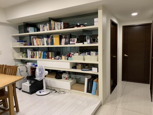 療癒系住宅!高市府公開韓國瑜溫馨居家照 | 韓國瑜家中設有一間工作間。(高雄市政府提供)