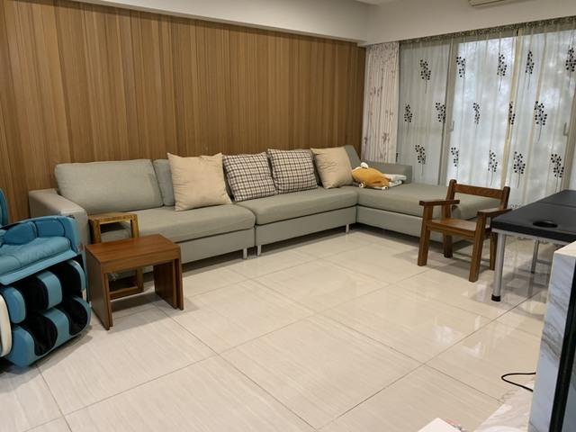 療癒系住宅!高市府公開韓國瑜溫馨居家照 | 韓國瑜家裡客廳很乾淨。(高雄市政府提供)