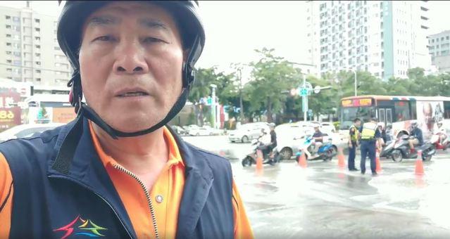何南里長曹豐洋在臉書PO出淹水影片(台中市何南里長曹豐洋提供)
