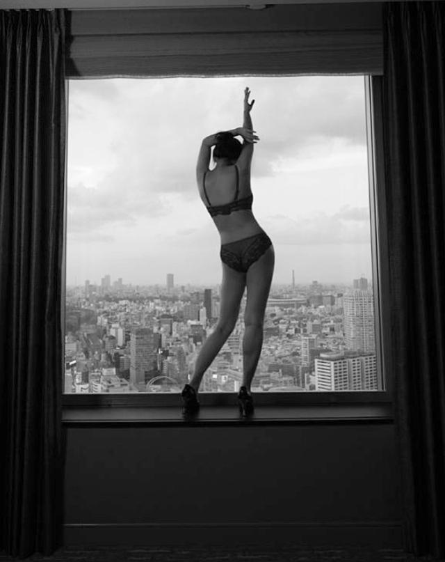 重新找尋自己!葉蘊儀減重拍寫真提倡「女性身體自主」 | (翻攝微博)