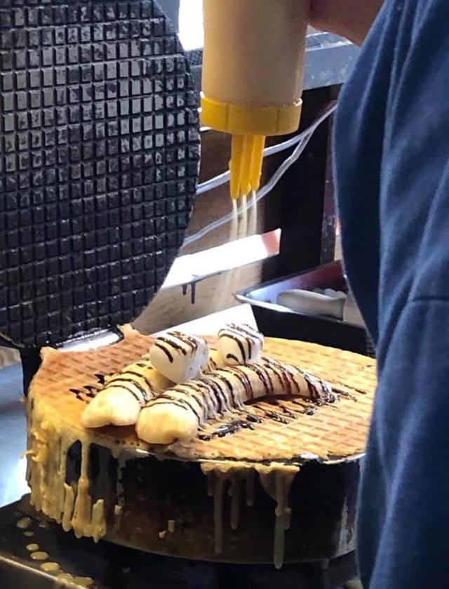 香蕉煎餅「廣德家」,曾被韓粉霸凌恐嚇、檢舉。(翻攝廣德家臉書)