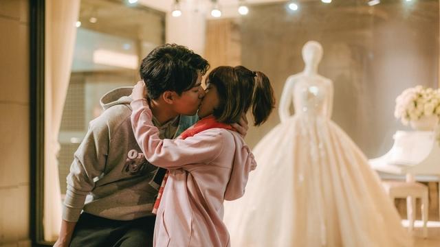 林子閎 孫可芳吻出粉紅泡泡  不去前任婚禮包紅包祝福 |