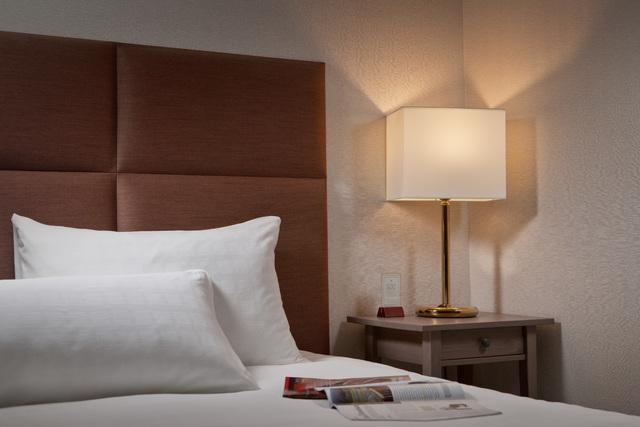高雄福華大飯店的豪華房一景。