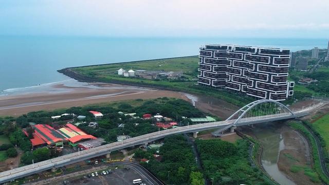 淡海輕軌藍海線將成為第一條可直接眺望台灣海峽的捷運路線。(新北市政府捷運局提供)