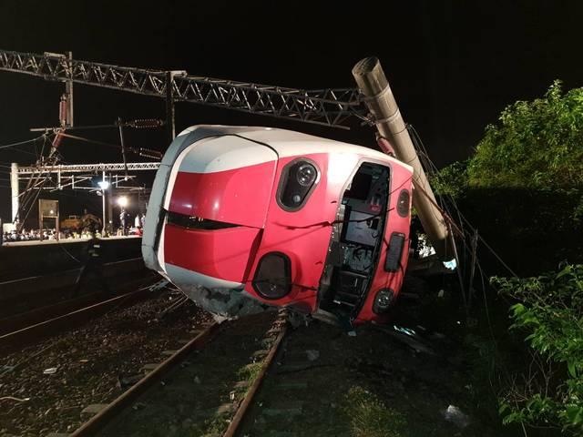 2018年10月21日普悠瑪嚴重翻車事故。(資料照片)