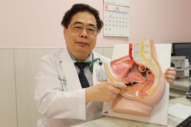亞洲大學附屬醫院婦女醫學中心副院長洪耀欽(亞大醫院提供)