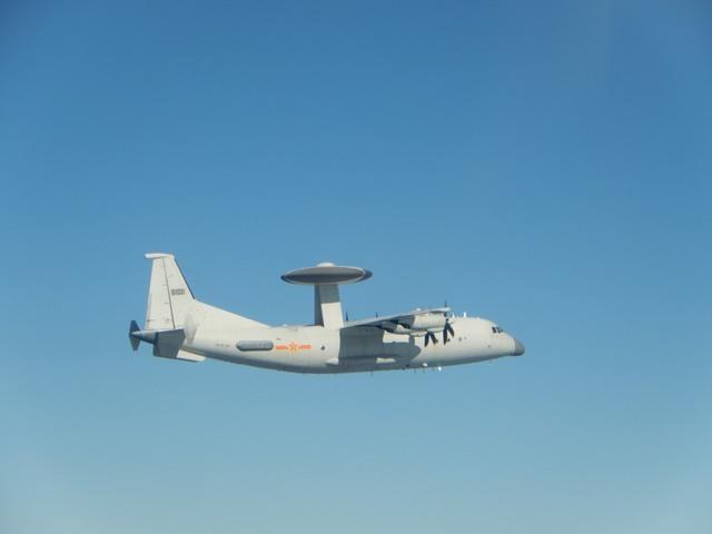 惠恕仁訪台之際 中共派10架戰機擾我西南空域 | 空警-500。(國防部提供)