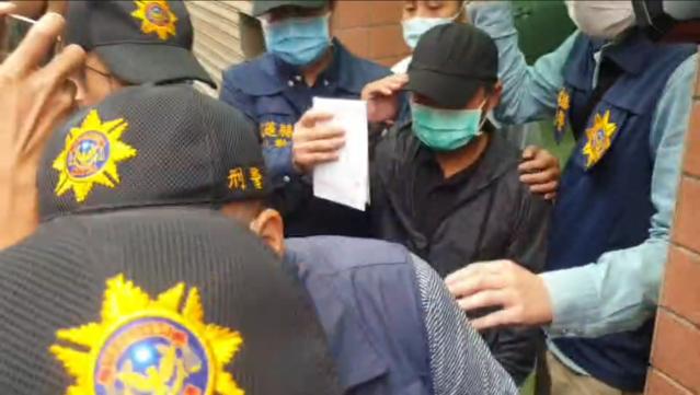 李義祥4日下午被警察從住處帶走