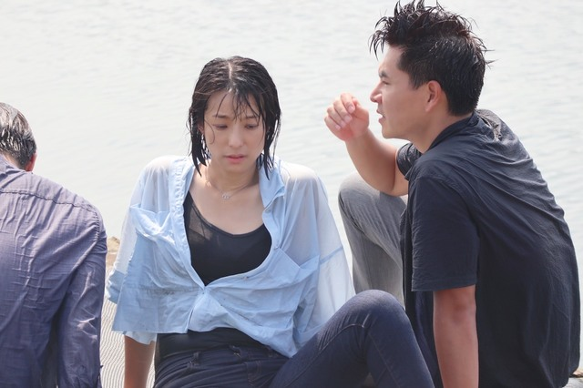 賴雅妍為《三隻小豬》落水尖叫 感謝工作人員戴口罩防疫 |