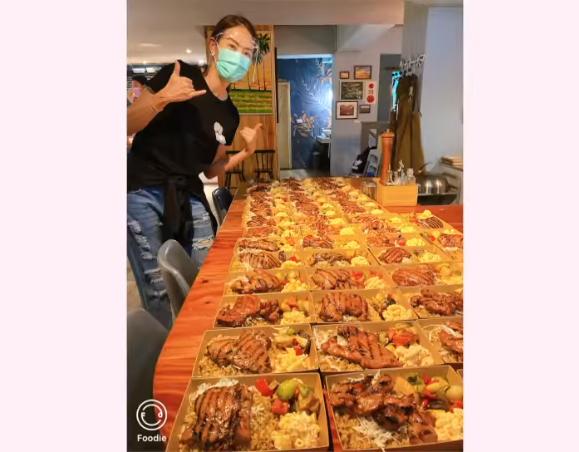 藝人賈永婕手做100個便當為醫護打氣(翻攝臉書賈永婕的跑跳人生)